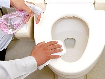 便器の洗浄・除菌、トイレ内の脱臭